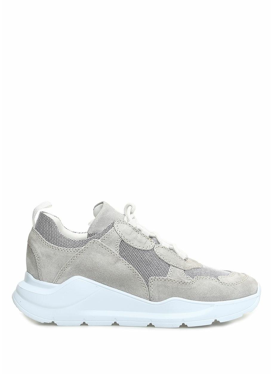 Blender Originated Sneakers